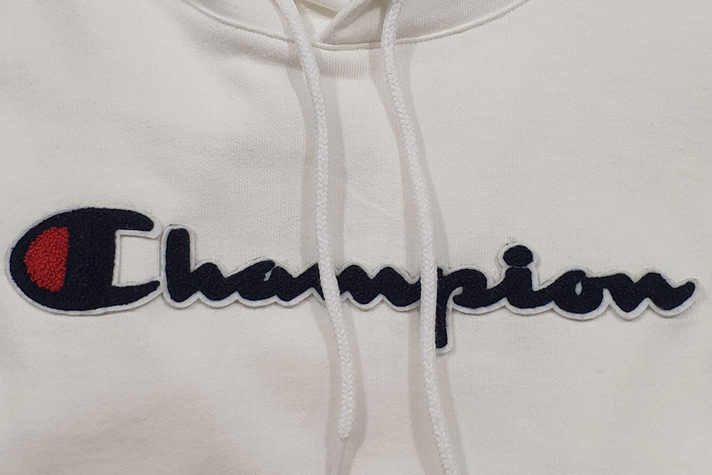 <b>CHAMPION</b>