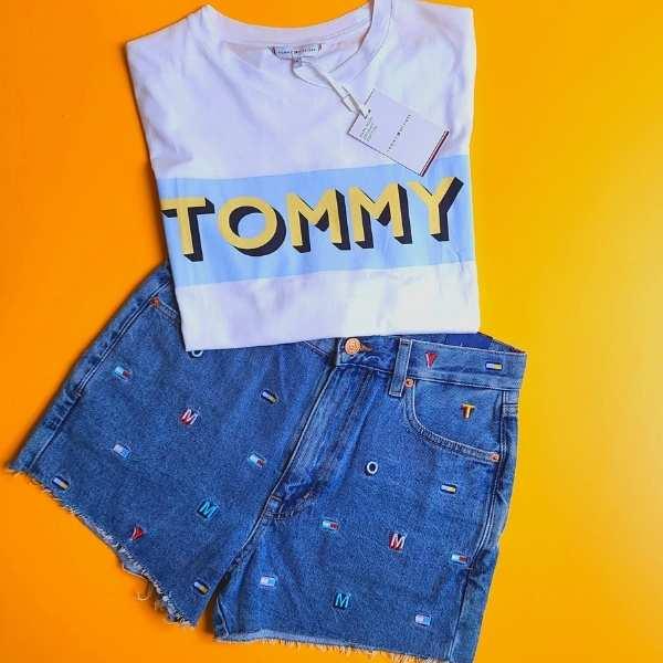 outfit-estivi-2021-tommy-hilfiger