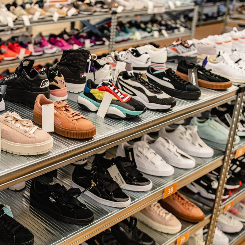 saldi-estivi-2021-sneaker-sandali